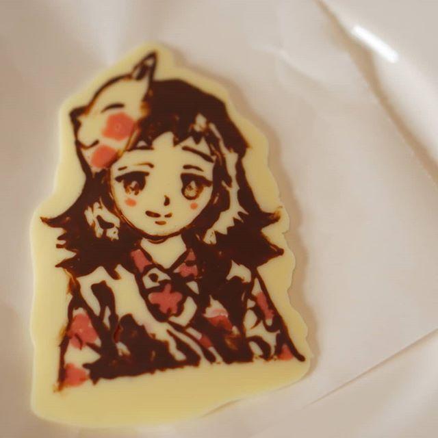 鬼滅の刃ケーキ作り奮闘中〜♫ これから、ガトーショコラの上にフルーツとデコります震えるたのしさっ!! キャラケーキを白バラ洋菓子店沖縄のコージーコーナー的なケーキ屋さんですにオーダー行ったらあっさり断られ(笑)もいちどいう、あっさりね無理ですねー!! もっと、やんわり断われんのかいな(笑)なら、作るワイ!!一発発起!#鬼滅の刃ケーキ#キャラケーキ#お誕生日#沖縄#お料理教室かなえ #鬼滅の刃#birthdaycake #birthdaypresent #handmade #okinawa